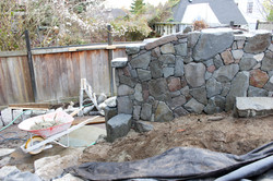 Broom stone free standing wall
