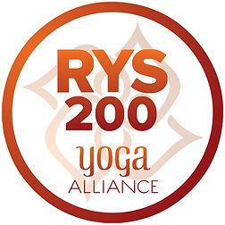 rys-200-yoga_orig.jpg