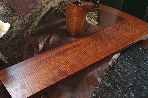Wood/ウッド Hand carved Wood Plate, Japanese Maki wood/手彫りの木皿、日本槙の木