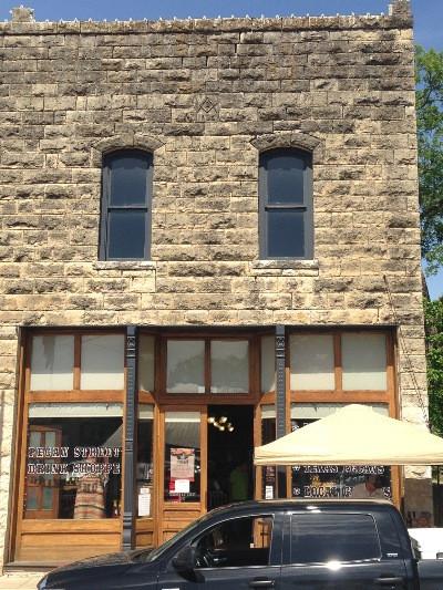 Pecan Street Drink Shoppe Store Front