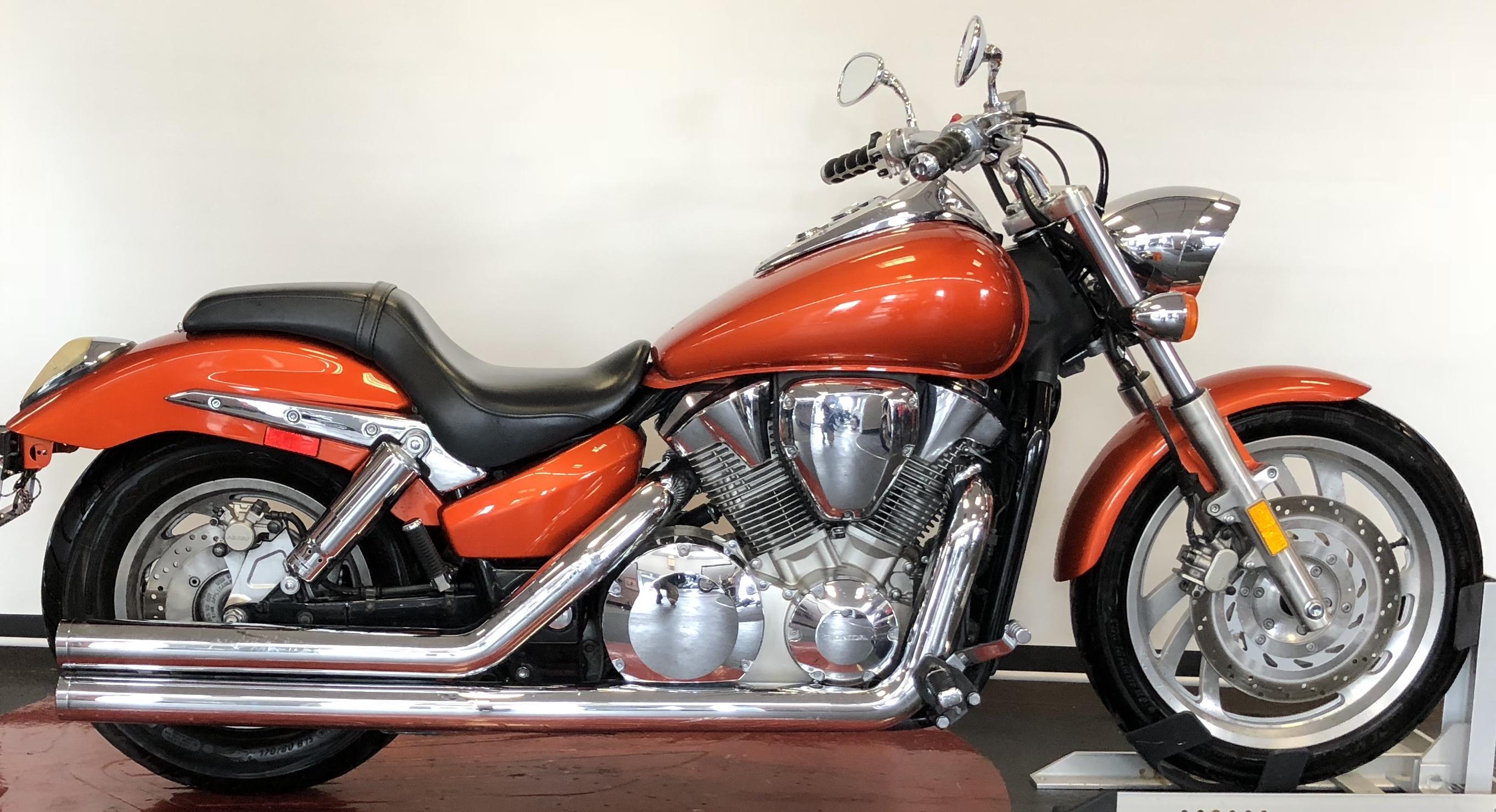 Mason City Honda 2006 50cc Dirt Bike Used Vtx1300c