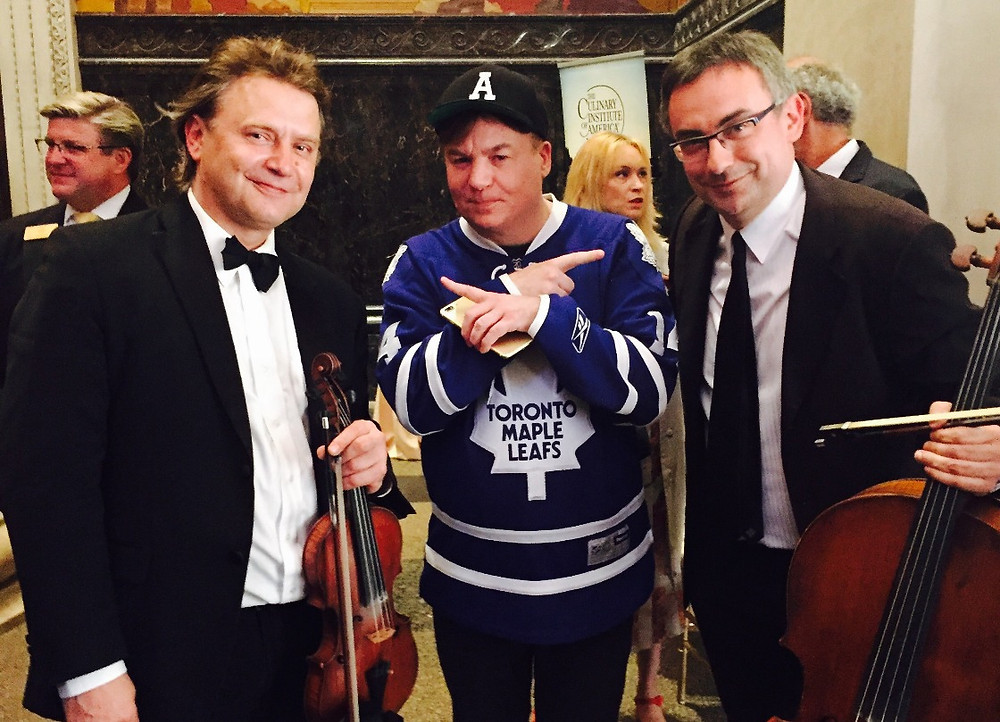Art-Strings-with-Mike-Myers