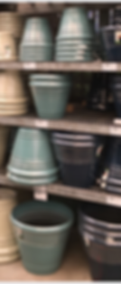 Garden pots and planters at Lowe's Home Improvement