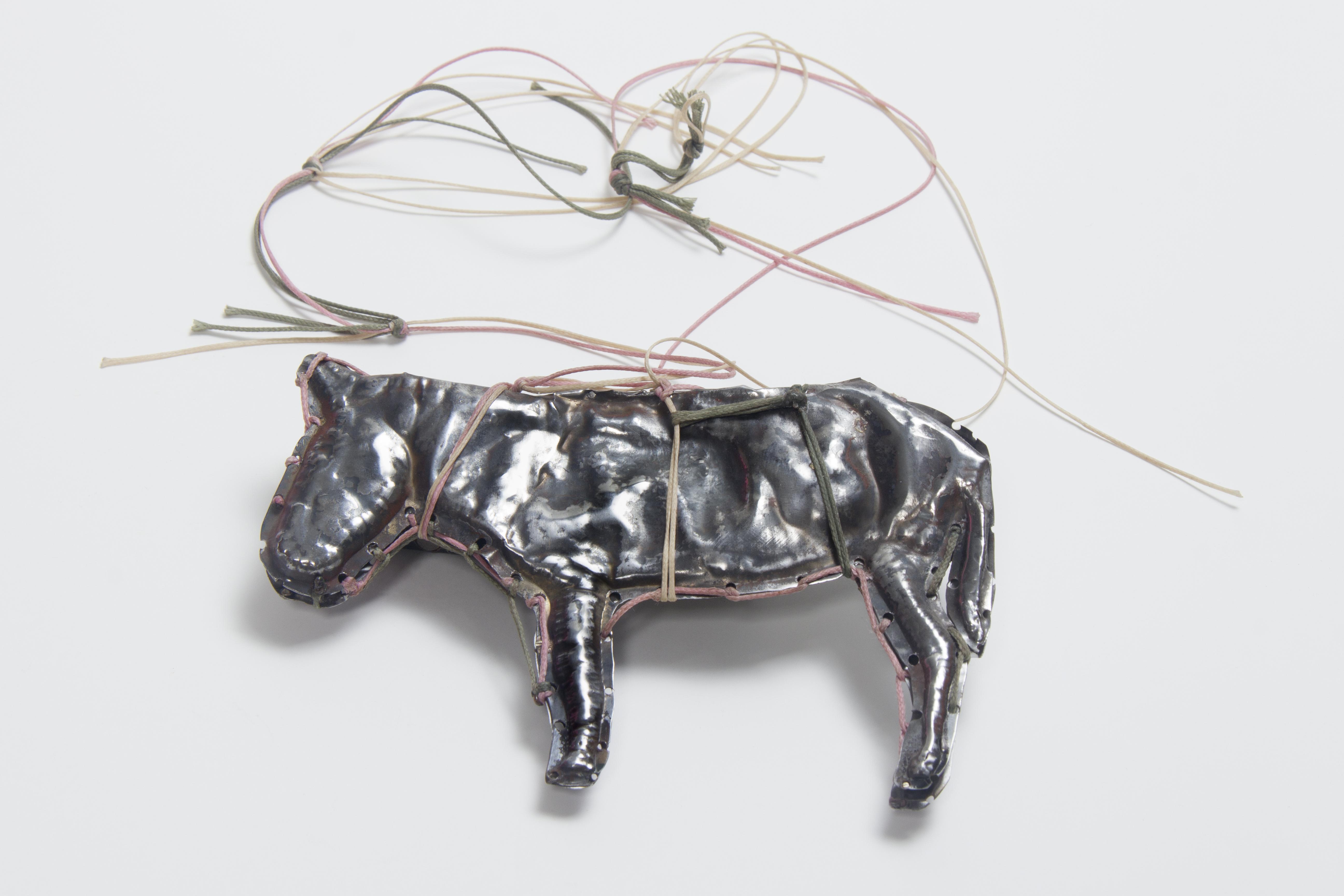 Donkey I, Pendant