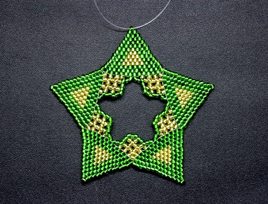 Star Regular Triangle Green Gold