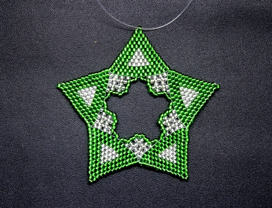 Star Regular Triangle Green/Silver
