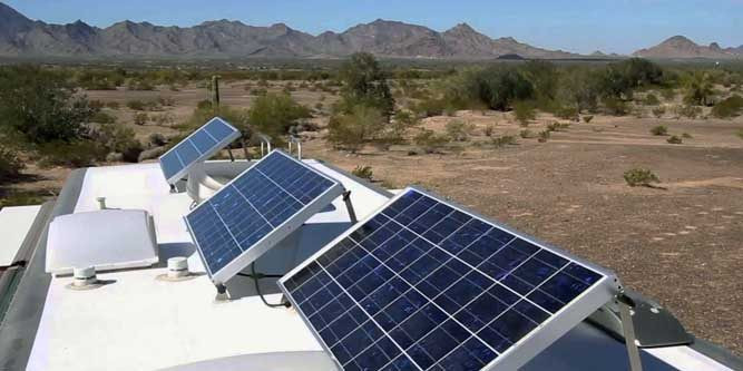 Best-Solar-Charge-Controllers-339t0i4gft