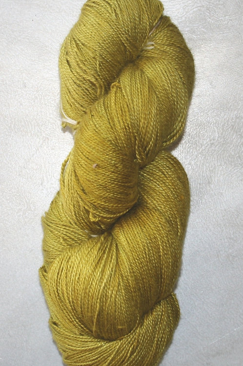 Mullbärssilke FÄRG 24