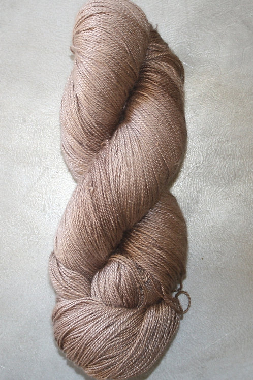 Mullbärssilke FÄRG 43