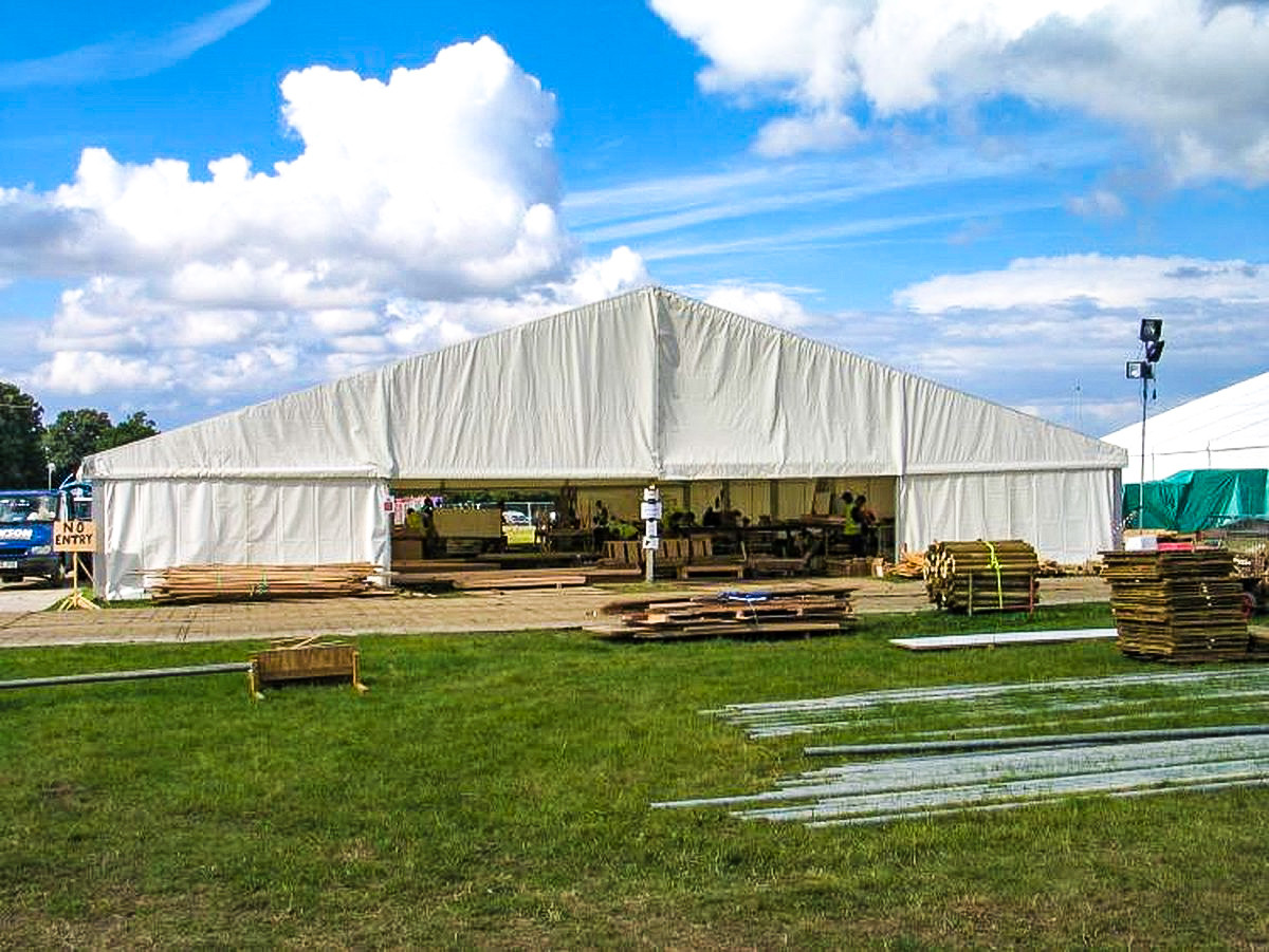 20m-x-20m-roder-clearspan-marquee-125.jp