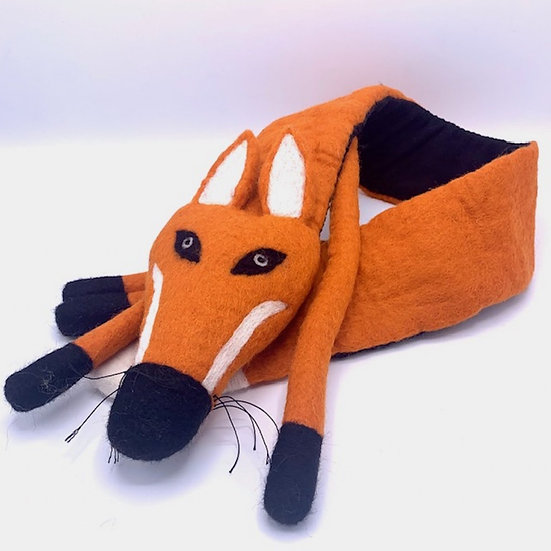 Felix The Fox Snuggly Scarf