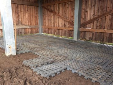 SLABS IN STABLES & SHELTERS