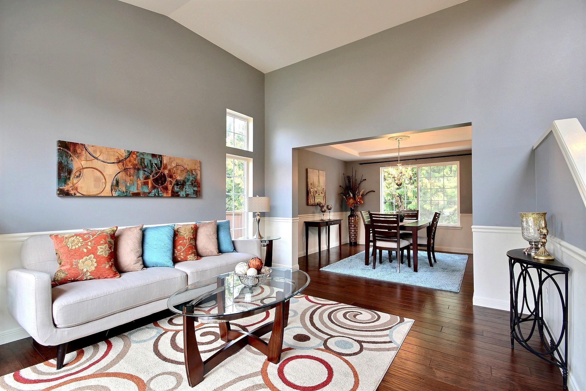 VACANT HOME STAGING SERVICES