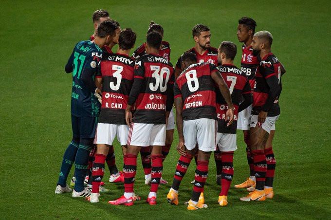 Time do Flamengo antes do duelo contra o Grêmio. (Foto: @Flamengo / @AlexandreVidal1  / CRF)