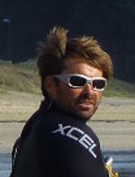 Ronan: Moniteur de kitesurf et bouée tractée en Bretagne Finistère
