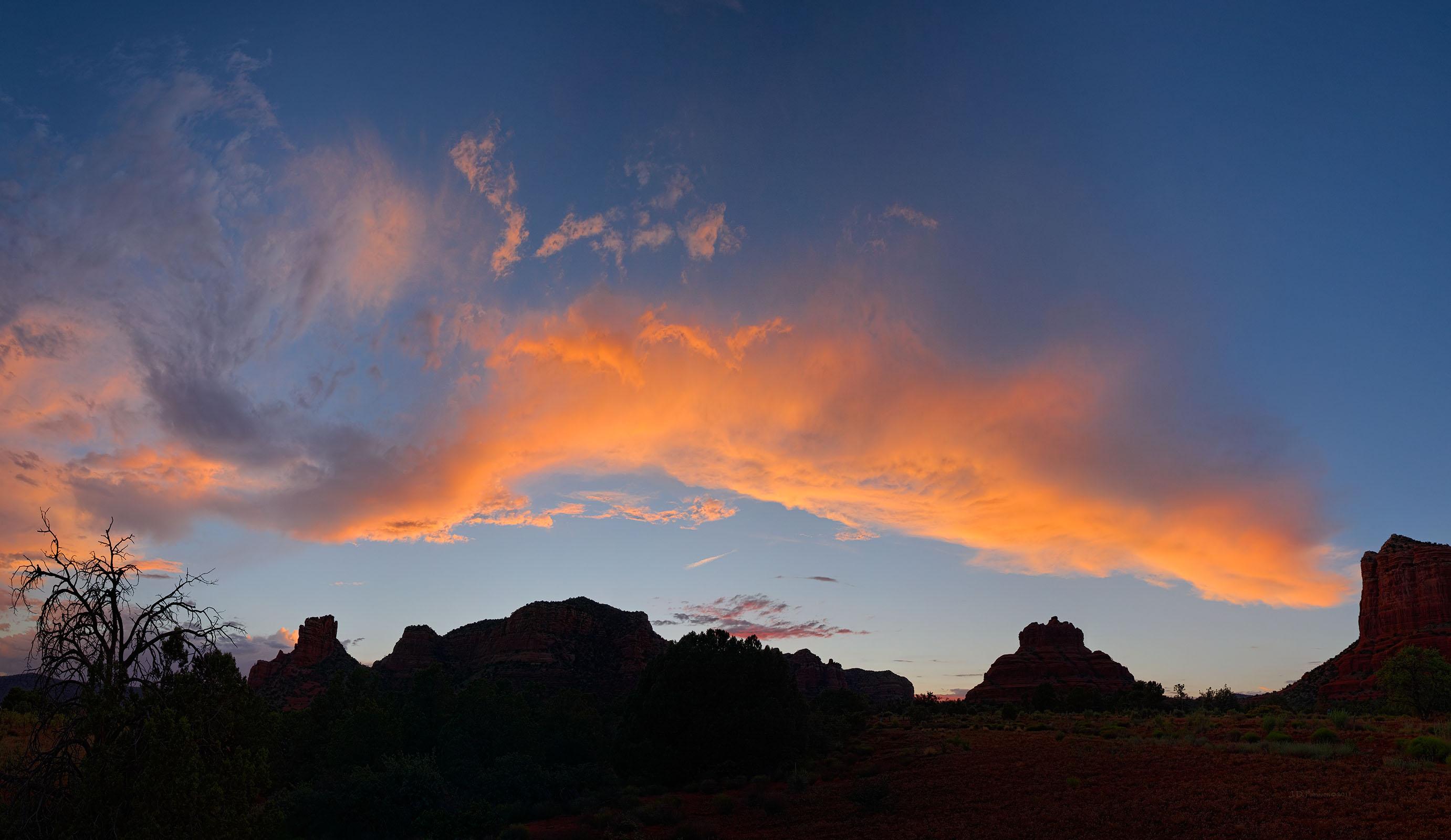 110423-Twilight-in-Big-Park-near-Sedona-Arizona