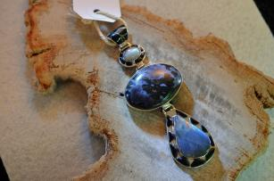 Merlinite Moonstone and Labradorite 474