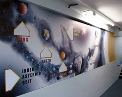 mural right3