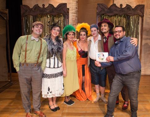 VEM BUSCAR-ME QUE AINDA SOU TEU - Teatro João Caetano