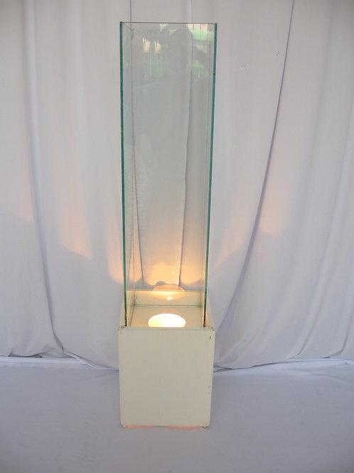 Pilastra de vidro com iluminação