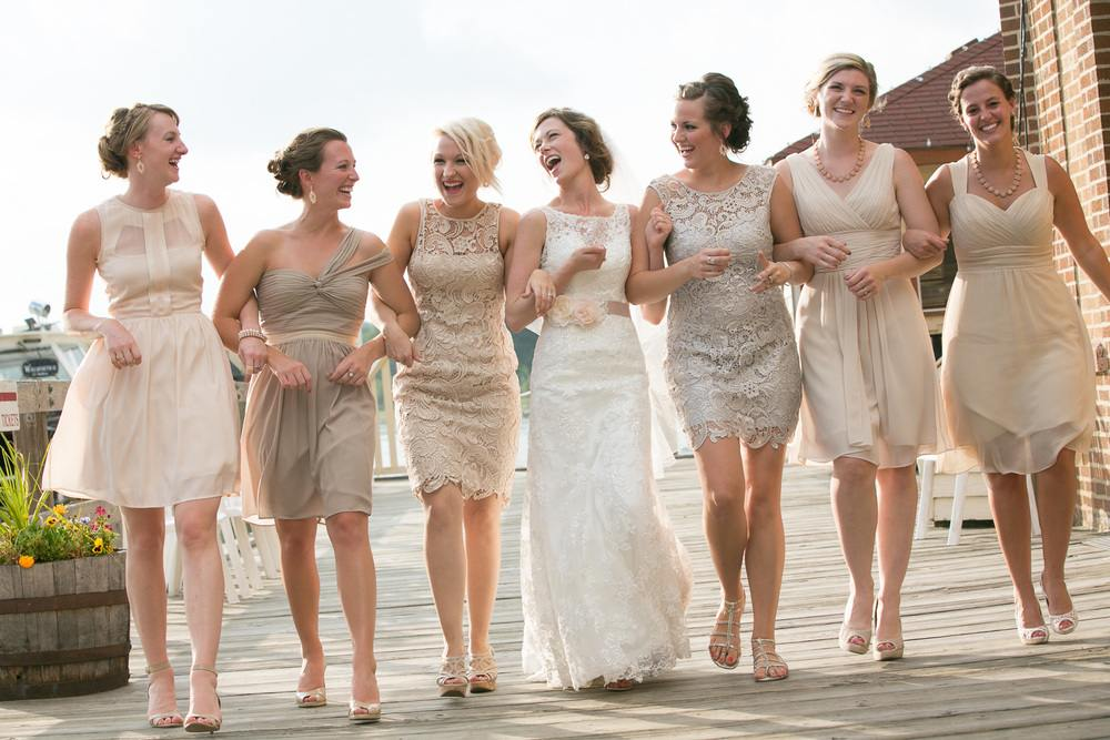 bridal-party-walking-at-lake-geneva-wedding