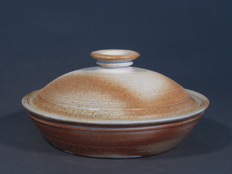 2013 Lidded baking dish-web.jpg