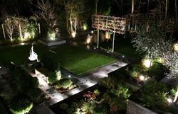 astonishing garden lighting