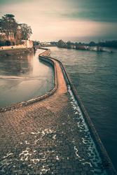 Mur digue Orléans