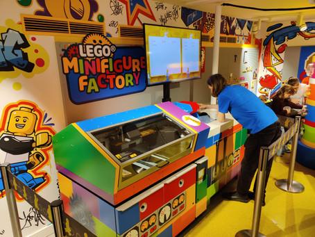 LEGO Minfigure Factory