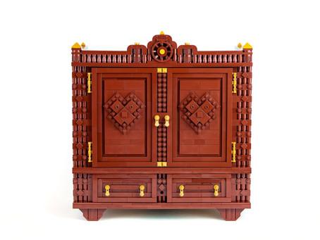 LEGO Ideas: The Narnia Wardrobe