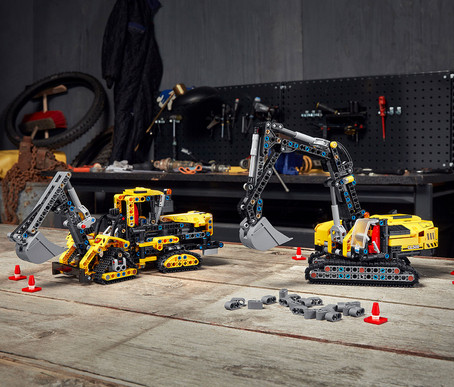 LEGO Technic Hovercraft and Heavy-Duty Excavator Set Details