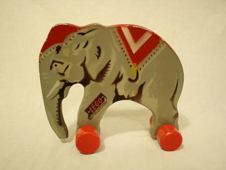 LEGO VIP: Antique Wooden Elephant Sweepstakes