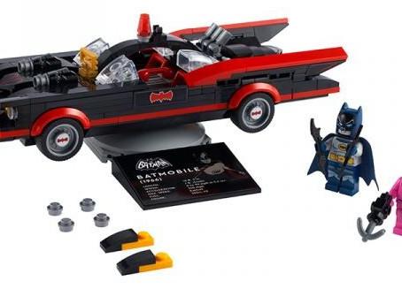 LEGO DC Superheroes Batmobile Chase & Classic Batmobile: First Look