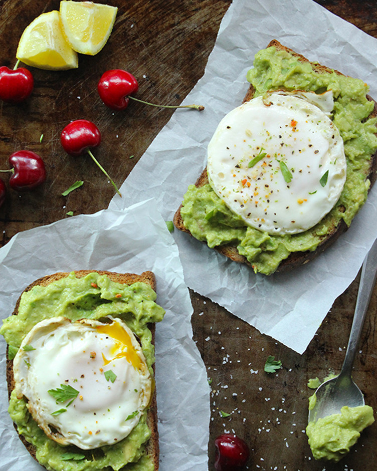 Avocoado spread breakfast