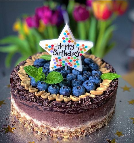 """7"""" Chocolate & Vanilla Cake"""