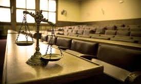Juicio en ausencia, o ausencia de justicia