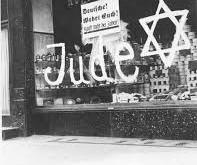De Nazis a judíos