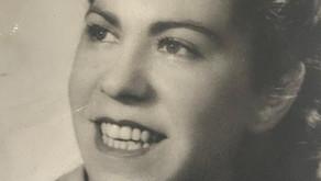 """""""Anyu""""  Introducción y Dedicatoria   -  La historia de mi familia materna.      Parte I"""