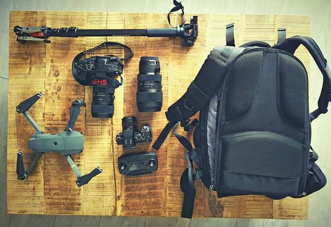 Faire son sac c'est tout un art.  Prêt pour le tournage de ce week end, j'ai hâte !!! #weddi