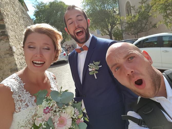 Ils sont pas trop beaux mes mariés? #love #justmarried #mirmande