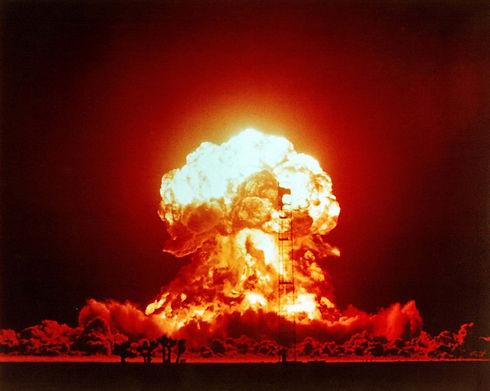 Nuclear-weapon-nevada-test.jpg