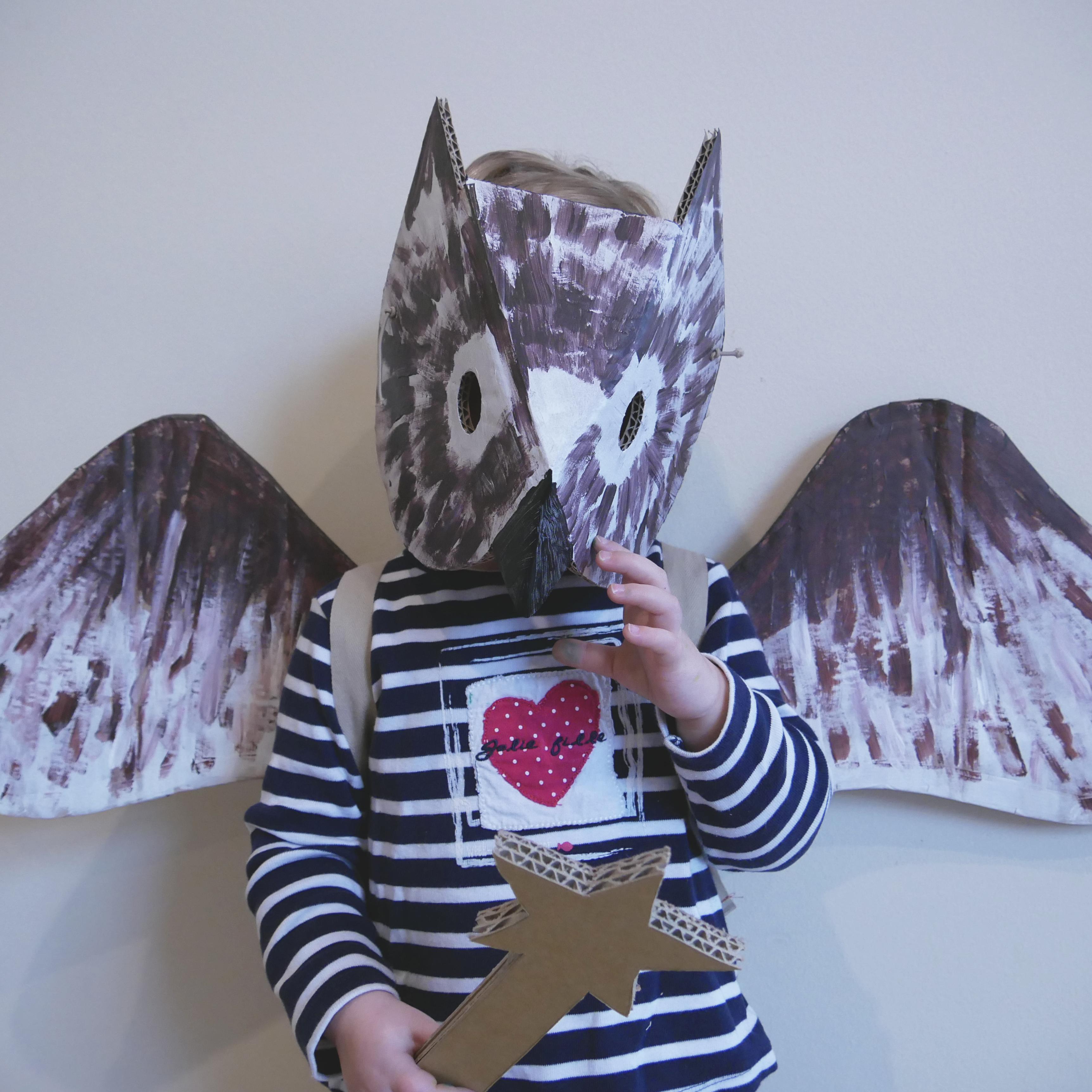 Masque et ailes de chouette