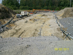 Well point array for construction dewatering