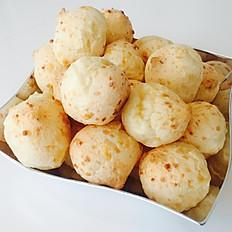 Pão de Queijo Platter
