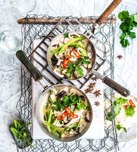HL1022C03 Nourishing Thai Green Seafood Curry (3 of 1).jpg
