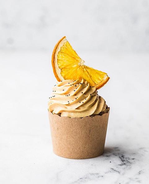 Raw, vegan Orange + Poppyseed Cupcakes.