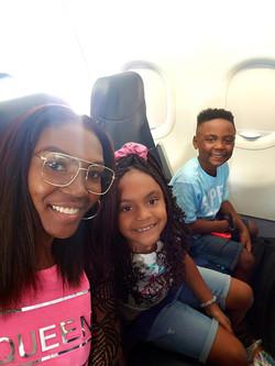 flight selfie with Yaya and Jojo