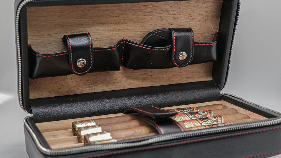 Leather Travel Humidor Black