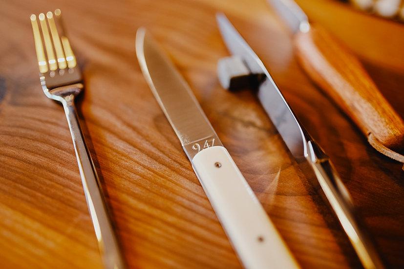 """Set de 6 couteaux de table """"9.47"""""""