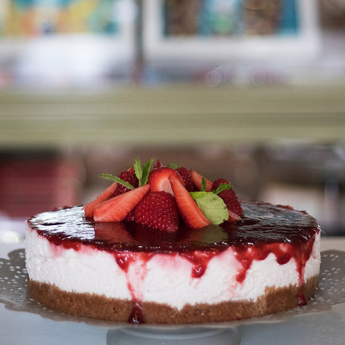 Strawberry Cheesecake with homemade strawberry compote